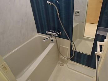 浴室乾燥機付で雨の日も楽々お洗濯