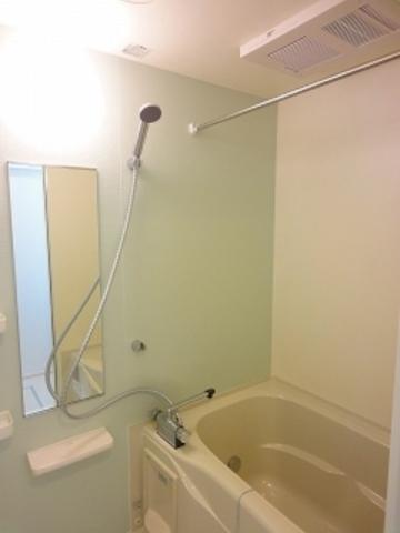 追焚き・浴室乾燥機付き風呂