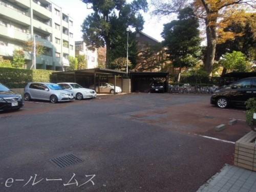 敷地内駐車場(別途契約)