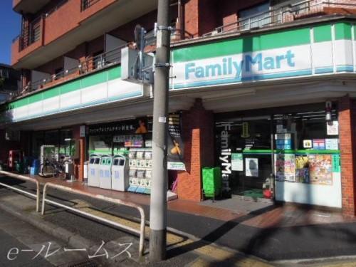ファミリーマート板橋四葉店