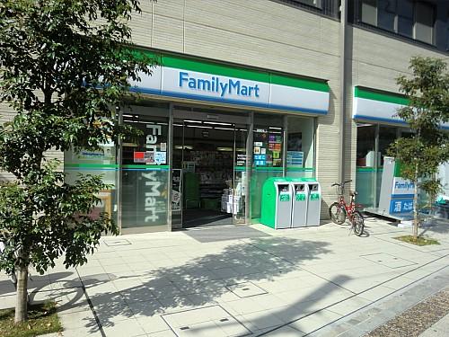 ファミリーマートシマダ黄金町店