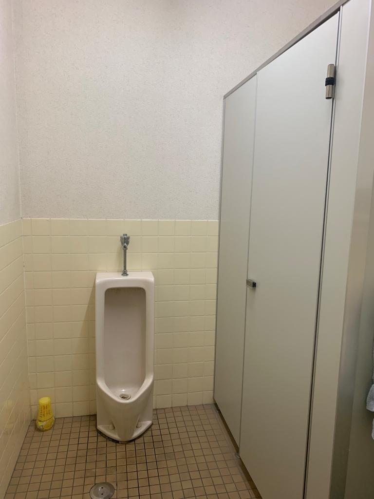 トイレは共同となり、掃除当番がございます。
