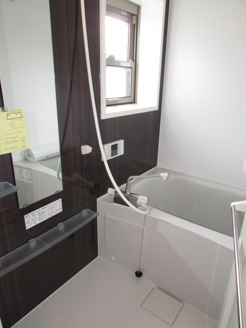 追い焚き機能・浴室乾燥機能付き