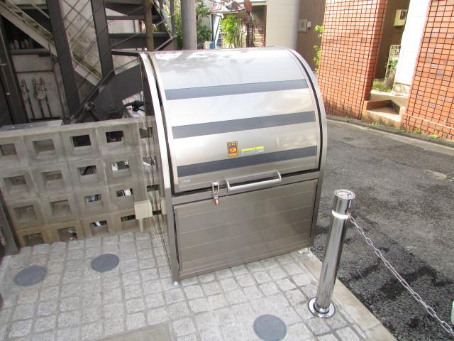 敷地内専用ゴミBOX