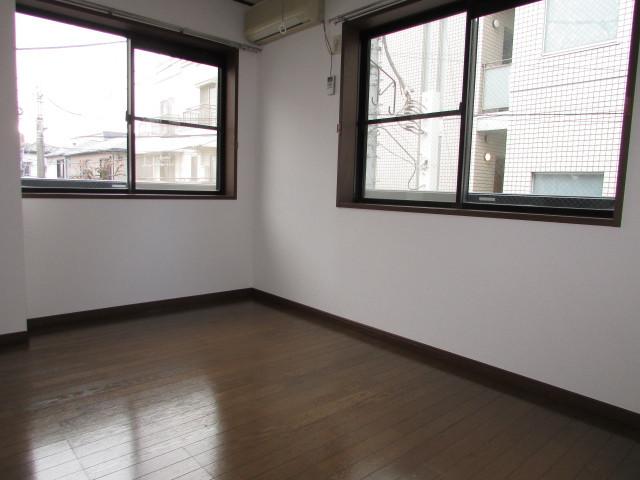 2階角部屋・2面採光