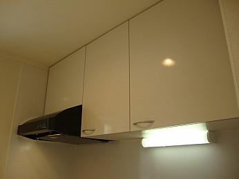 キッチン収納もたっぷりで利便性良好♪