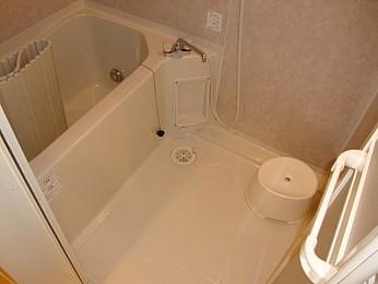 バス バストイレ別 浴室乾燥・追い炊き機能付♪
