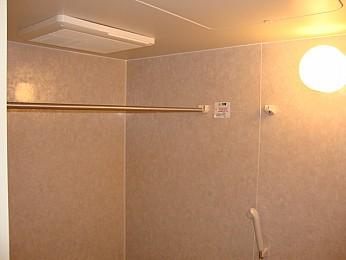 浴室乾燥機能付で利便性良好♪