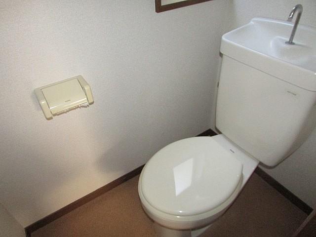 トイレ バストイレ別