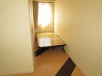 ベットスペースにと考え込まれた間取りのお部屋