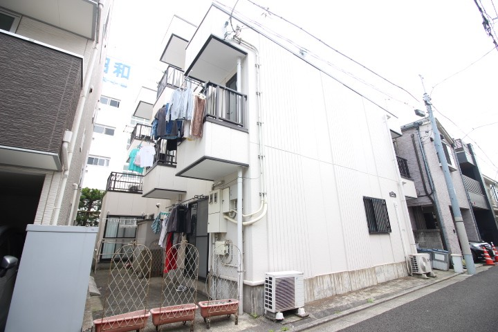 ラ・フィンカ・カワノ 302号室