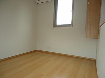 3階の洋室6帖 収納もあり利便性良好♪
