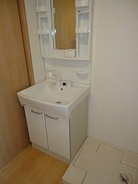 人気の独立洗面台・室内洗濯機置場完備♪