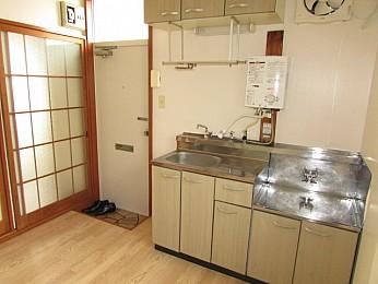 キッチン 収納スペースもたっぷり