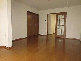 洋室11帖 バストイレ別・人気の1Kタイプのお部屋でアレンジ自由自在♪