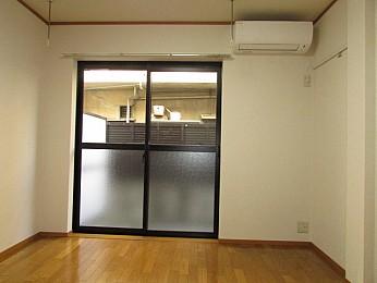 三軒茶屋駅から徒歩2分と通勤通学にも便利なお部屋です♪
