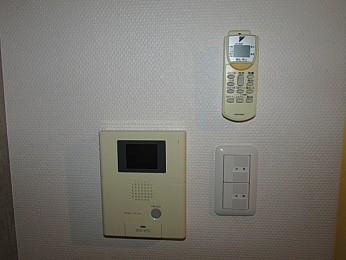 玄関 TVモニター付きインターフォン完備
