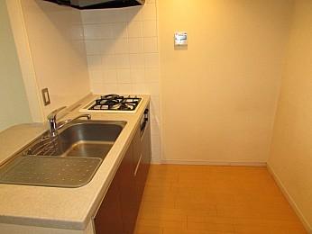 調理スペースも広く毎日のお料理も楽しめます♪