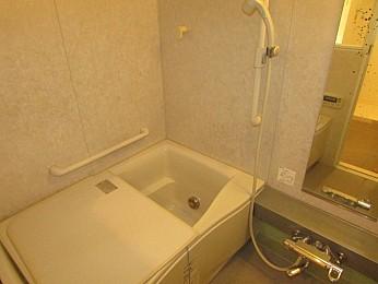 バス バストイレ別 追い炊き・浴室乾燥機能完備