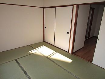 解放感のある大きな窓のお部屋です♪