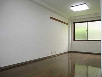 洋室8帖 使いやすい長方形の広めの洋室洋室8帖です♪