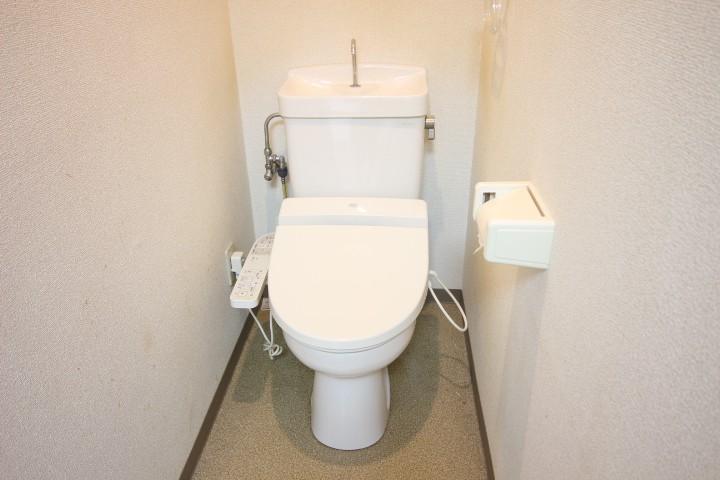 トイレ バストイレ別 温水便座