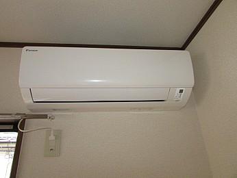 冷暖房 エアコン完備♪
