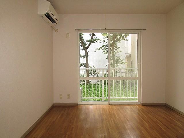 洋室7帖 ゆとりある空間で住み心地良好♪