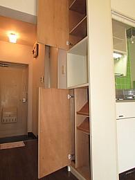 収納スペースも完備でお部屋を有効的に使えます♪