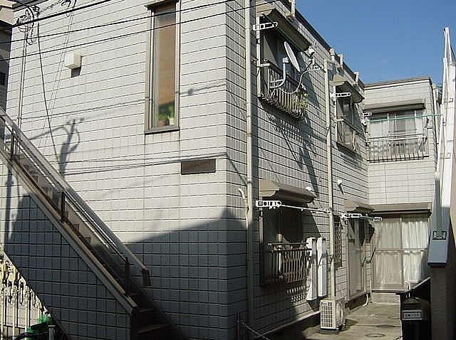 メゾンソレイユ  102号室