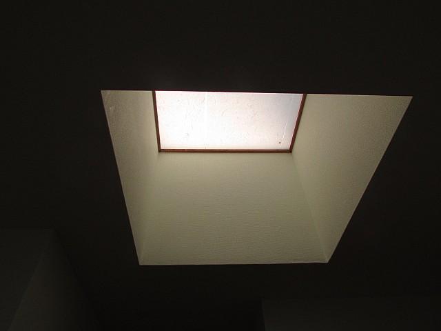 天窓もあり光が入ります♪
