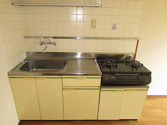 広々としたキッチンスペースでお料理も楽々♪
