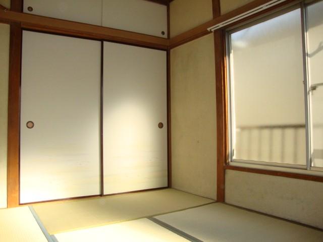 和室6帖 大きな収納完備
