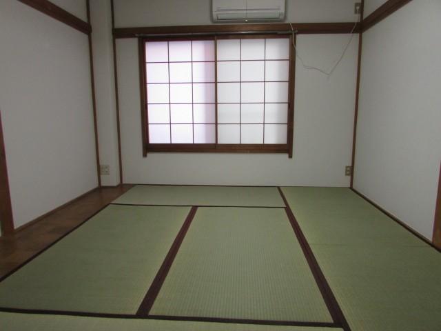 和室6帖 日当たりの良いお部屋です