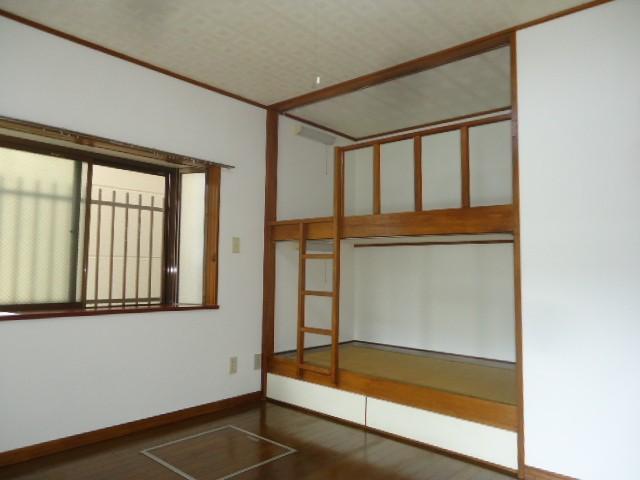 二段ベット完備のお部屋
