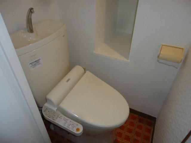 バストイレ別 ウォシュレット完備