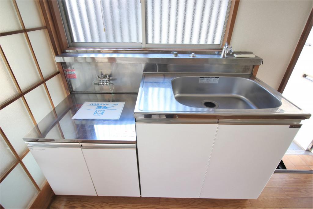 キッチン(2口ガスコンロ設置可)