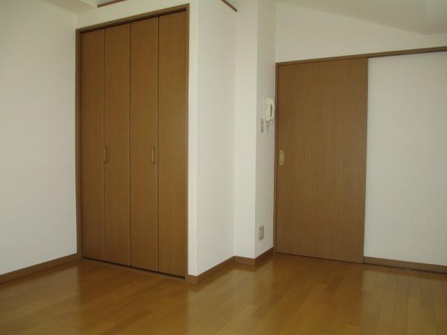 収納完備でお部屋を有効的に使えます♪