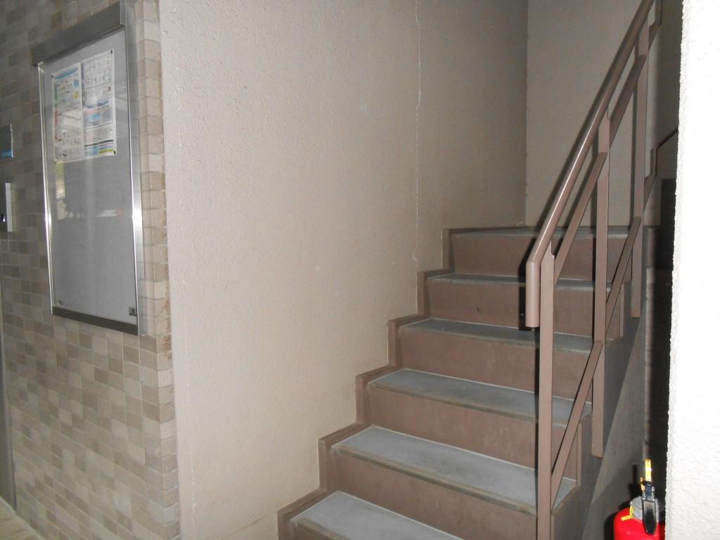 建物内内階段
