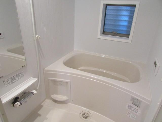 追い炊き・浴室乾燥つきバスルーム