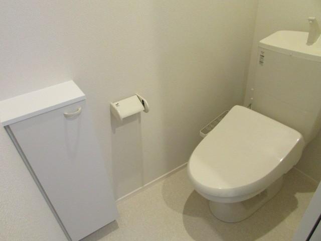 収納付トイレ
