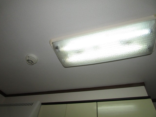 キッチン側 照明