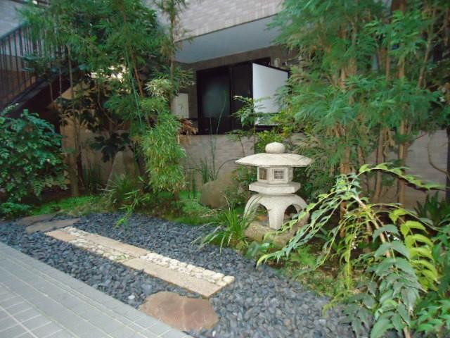 中庭 庭園