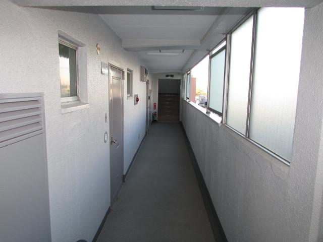 5階共用通路
