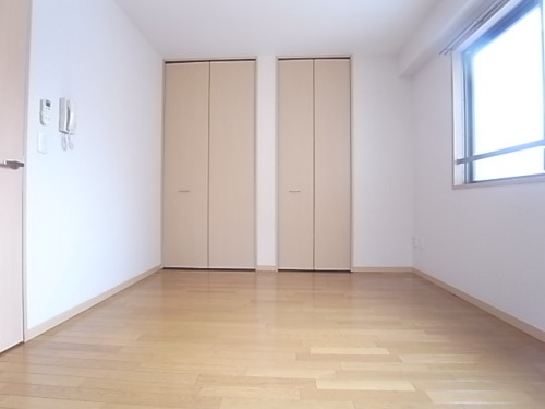 洋室は6.4帖。