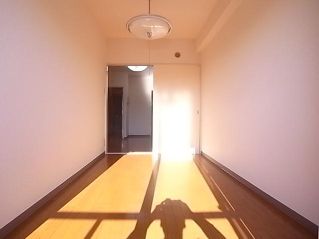 南向きの明るいお部屋です!