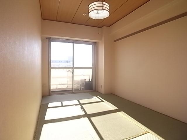 6帖の和室は今回洋室に変更しました!
