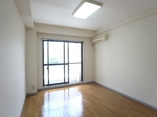 日当たりがとってもいいお部屋!幅283×奥346×240