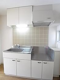 収納スペースも多いキッチン!
