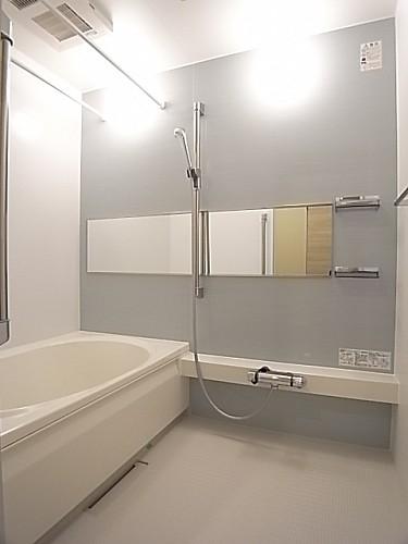 浴室乾燥機能付きの浴室!